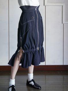 AKIKOAOKIアキコアオキ アクティブギャザースカート-BELA VISTA Since1989 ONLINE SHOP Cute Fashion, Modest Fashion, Fashion Art, Fashion Brands, Fashion Outfits, Womens Fashion, Fashion Design Portfolio, Mode Style, Gothic Lolita