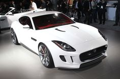 Jaguar F-type coupe previewed