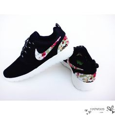 new products 94fc4 42b98 Running Shoes Nike, Roshe Run Shoes, Mens Running, Black Running Shoes, Nike