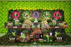 With a bit of faith, trust, and pixie dust this Tinkerbell Fairy Garden Party at Kara's Party Ideas creates a delightful birthday celebration! 21st Birthday Themes, Fairy Birthday Party, Garden Birthday, Fourth Birthday, Birthday Party Decorations, Birthday Ideas, Tinkerbell Fairies, Tinkerbell Party, Festa Thinker Bell