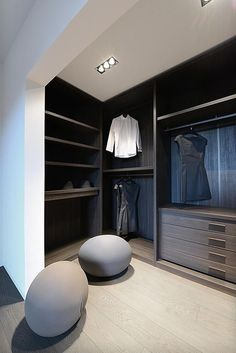 Explore the best of luxury closet design in a selection curated by Boca do Lobo to inspire interior designers looking to finish their projects. Discover unique walk-in closet setups by the best furniture makers out there Bedroom Closet Design, Bedroom Wardrobe, Wardrobe Design, Wardrobe Closet, Closet Designs, Walk In Closet, White Wardrobe, Mirrored Wardrobe, Casa Retro