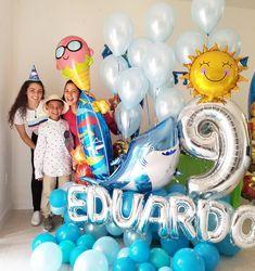 Y hoy esta de cumpleaños el decorador más joven del mundo, el preferido 🤩 aunque no lo crean nos ha dado muchas ideas para nuestros… Balloons And More, Number Balloons, Balloon Arrangements, Balloon Centerpieces, Balloon Gift, Air Balloon, Birthday Balloons, 4th Birthday, Balloon Stands