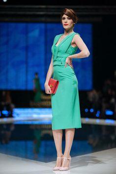 1699 HRK dress Sophia 1399 HRK bag mini