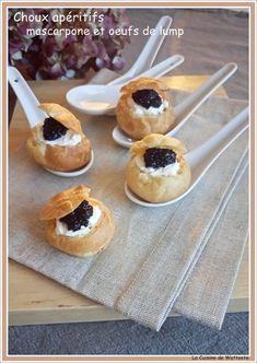 Petits choux apéritifs mascarpone et oeufs de lump - choux pastry mascarpone and lump fish roe