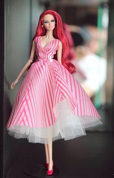 robe pour la royauté de la mode fr2 fr1 rose Poppy par Rimdoll