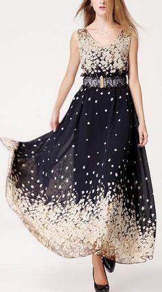 V Neck Sleeveless Maxi Dress with Sakura Print