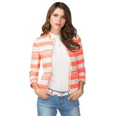 Summer essential. Short blazer with woven stripes in alternating widths. Short stand-up collar, open placket, welt pockets at the waist. Comes to the hips. Unlined construction with contrast tipping along the inner seams.