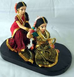 Dance Dolls of India Clay Dolls, Art Dolls, Diy Dog Run, Wedding Gift Wrapping, Wedding Gifts, Homemade Dolls, Indian Baby, Wedding Doll, Indian Dolls