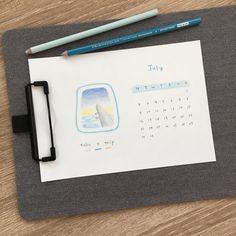 七月小月曆。 #creeknote #july #monthly #colorpencil #prismacolor #illustration #dailyart #calendar #插畫月曆 #插畫 #色鉛筆 #色鉛筆画 #文房具 #stationery #手繪