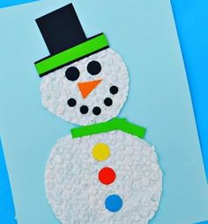 Kids will stay dry and warm making this bubble wrap snowman craft this winter. Winter Activities For Kids, Winter Crafts For Kids, Winter Kids, Diy For Kids, Gifts For Kids, Preschool Winter, Preschool Art Projects, Preschool Crafts, Kids Crafts