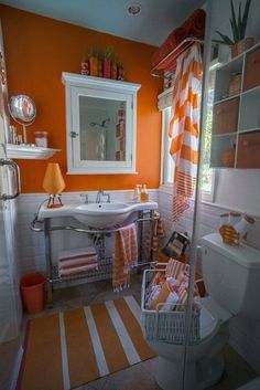 """Such a happy bathroom! Charles' """"California Sunset"""" Room — Room for Color Contest Burnt Orange Bathrooms, Orange Bathrooms Designs, Orange Bathroom Decor, Modern Bathroom Decor, Grey Bathrooms, Bathroom Colors, Bathroom Styling, Bathroom Interior, Bathroom Ideas"""