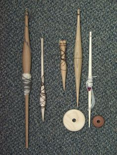 Reproduction medieval spindles based on finds in Greenland and Europe.