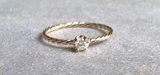 0,10CT+Diamant-Verlobungsring+in+14+Karat+Gold+von+ARPELC+HANDGEMACHTER+SCHMUCK+auf+DaWanda.com