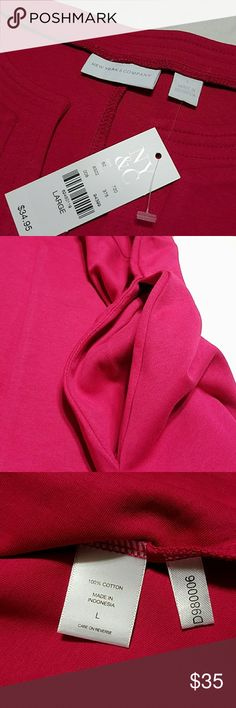 """⚘ Fit & Flare Pink Dress with Pockets {NY&Co} New York & Company Gwen Fit & Flare Cotton Dress in """"Flowering Magenta"""" Women's size Large   Work-to-weekend style made simple! Our vibrantly hued dress translates from desk to dinner (and beyond) with ease; the flare silhouette ensures a universally flattering fit. Split-neck   Darts at bustline   On-seam pockets   Extended shoulder   Flare silhouette   NWT   100% Cotton, Machine Washable  Shoulder to hem length: 36""""  *Stock photo to show fit…"""