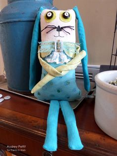 Crossroads Denim Bunny with Deco Foils #DecoFoil by @audreypettit