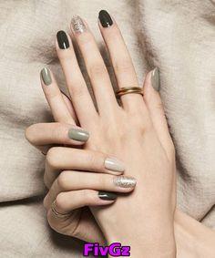 70 Simple Nail Design Ideas That Are Actually Easy - - 70 Simple Nail Design Ideas That Are Actually Easy Nails and Polish 70 einfache Nageldesign-Ideen, die eigentlich einfach sind Stylish Nails, Trendy Nails, Cute Nails, Fall Nail Art Designs, Simple Nail Designs, Nail Polish, Nail Manicure, Gel Pedicure, French Pedicure