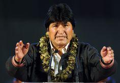 Juan Evo Morales Ayma, thường được gọi là Evo, là một chính trị gia và nhà hoạt động người Bolivia, giữ chức Tổng thống Bolivia từ năm 2006. Morales đã bắt đầu sự nghiệp chính trị với vai trò người tổ chức của nghiệp đoàn Cocalero. Wikipedia Sinh: 26 tháng 10, 1959 (tuổi 56), Isallavi Nhiệm kỳ tổng thống: 22 tháng 1, 2006 – Đảng: Movement for Socialism Bố mẹ: Dionisio Morales Choque, Maria Mamani Con: Eva Liz Morales Alvarado, Álvaro Morales Paredes Anh chị em: Esther Morales Ayma, Hugo…