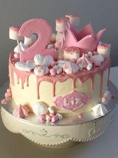 Dripping cake met schuimpjes en spekjes