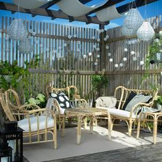 Garden lounge for sun worshipers - Garten - Balcony Furniture Design Ikea Outdoor, Diy Outdoor Furniture, Rattan Furniture, Affordable Furniture, Garden Furniture, Outdoor Spaces, Outdoor Living, Outdoor Decor, Rattan Sofa