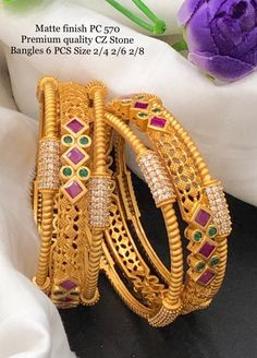 Indian Jewellery Design, Indian Jewelry, Jewelry Design, Diamond Necklace Simple, Gold Mangalsutra Designs, Pakistani Jewelry, Gold Bangles Design, Bangle Bracelets With Charms, Hand Jewelry