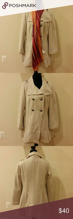 Calvin Klein size 10 woolen coat Chic and warm coat, it's 59% wool 31 % polyester 10% viscose. It has two side pockets. No trades 20 % OFF with 3 plus bundles. Calvin Klein Jackets & Coats