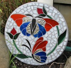 Butterfly Mosaic by Diane Kitchener Mosaic Crafts, Mosaic Projects, Stained Glass Projects, Stained Glass Patterns, Mosaic Patterns, Mosaic Birds, Mosaic Flowers, Glass Butterfly, Glass Art