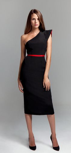 Like the red accessories with black dress vibe Pretty Outfits, Beautiful Outfits, High Fashion, Womens Fashion, Classy And Fabulous, Lingerie, Couture Fashion, Passion For Fashion, Dress Skirt