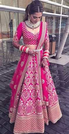 Bridal Lehenga Colour Palettes and What They Represent Party Wear Indian Dresses, Indian Bridal Outfits, Indian Bridal Fashion, Indian Fashion Dresses, Dress Indian Style, Indian Designer Outfits, Indian Bridal Wear, Wedding Dresses, Wedding Bride