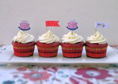 Perfectly Pipable Cream Cheese Frosting - Vittles and Bits blog