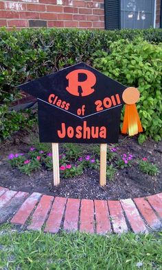 Graduation yard sign by myzanyzoo on Etsy, $35.00