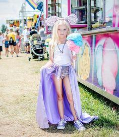{cotton candy}  ✨@tutudumonde✨@modernqueenkids✨@daphnie.pearl✨@kola_pop✨@theborrowedboutique✨ . . . Pc: @daphs_mamarazzi  #daphniepearl #model #childmodel #fashionmodel #girlssummerfashion #girlsfashion #summerfashion #fashion #like #like4like  #instagood #instafashion #naturalmodel #gorgeous #longhair  #beautiful  #mamarazzi  #igfashion #summer #likeforlike #newyorkmodel #iamyournextbabiekins #tutudumonde #modernqueenkids