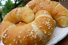 Krumplis kifli Croatian Recipes, Hungarian Recipes, Bread Recipes, Cooking Recipes, Bread And Pastries, Bread Rolls, Bread Baking, Food And Drink, Favorite Recipes