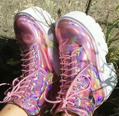 How to wear pink converse boots 70 ideas Converse Boots, Pink Converse, Kawaii Shoes, Kawaii Clothes, Aesthetic Shoes, Aesthetic Clothes, Aesthetic Outfit, Aesthetic Grunge, Girls Shoes