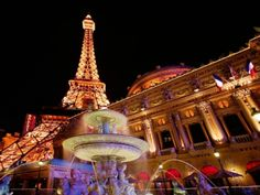 7 #Essential Things to do in Paris at Christmas ...