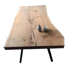 Soffbord - Ek - 1 plankor - Natur olja är en av våra mycket populära plankboards, eftersom den riktar sig till ett brett sortiment. Planksoffbord i fast ek är mycket höga när det är ett mycket speciellt och personligt bord. Vi gör din bordsskiva med kärlek och respekt för trädet. Soffbord - Ek - 1 plankor - Natur olja