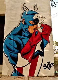 Captain America prend du crack au coin de la rue.