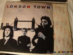 Paul McCartney (BEATLES) Wings London Town Edi. ESPAÑA 1978 ENCARTES+CARPETA ABIERTA VG DISCO VG++
