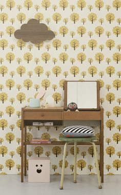 LOVE this wallpaper for a baby/kids room