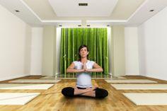 Yoga Teacher Tips and Courses.