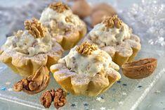 Ořechové košíčky s bílou čokoládou   Femina.cz Garlic, Stuffed Mushrooms, Muffin, Baking, Vegetables, Breakfast, Christmas, Food, Ideas