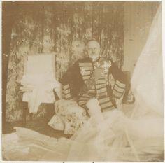 Alexander Sergeyevich Taneyev, pai de Anna Vyrubova, em 1907, uniformizado para o casamento da filha.