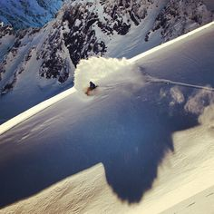 Mark McMorris with a wicked slash in New Zealand.  A Canadian enjoying year round winter.  #snowboarding #newzealand