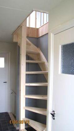 Loft stairs in floor-opening loft ladder Beijes Stairs & Construction # interior design ideas Attic Loft, Loft Room, Attic Rooms, Bedroom Loft, Attic Ladder, Loft Ladders, Loft Staircase, Attic Stairs, Garage Stairs