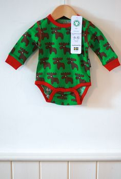 Delightful Scandinavian design with this organic cotton moose print baby body. Buy now for £14.99 https://www.babycoo.co.uk/products/maxomorra-moose-long-sleeve-body-1