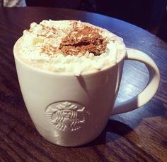 . Coffee Cafe, Coffee Drinks, Nespresso, Starbucks Mugs, I Love Coffee, Macarons, Pudding, Make It Yourself, Tea