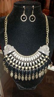 Tribal Necklace Set - Gold/Black