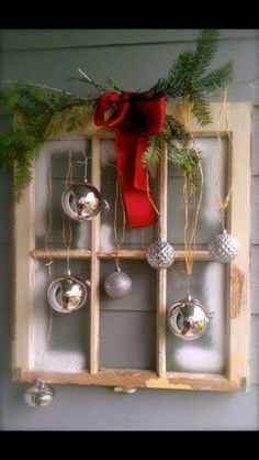 """Window and ornament """"wreath"""""""