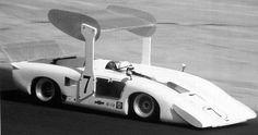 Chaparral 2H John Surtees