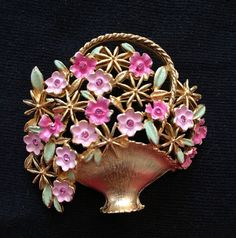 Kramer Flower Basket Brooch / Pin by Mybestfinds on Etsy