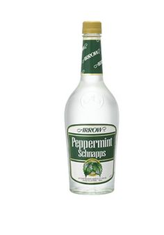 Peppermint Schnapps hot chocolate: New Year's Eve block party when we were 15 or Hahaha, good times. Cheese And Cracker Tray, Hot Chocolate Bars, Schnapps, Drinking Games, Winter Time, Family Christmas, Peppermint, Food And Drink, Water Bottle